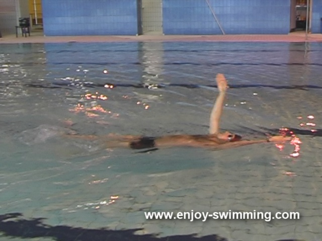 Backstroke Swimming Drills – Single-Arm Backstroke