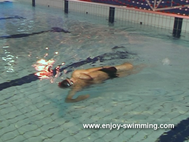 Backstroke Swimming Drills – Under Water Arm Sweeps